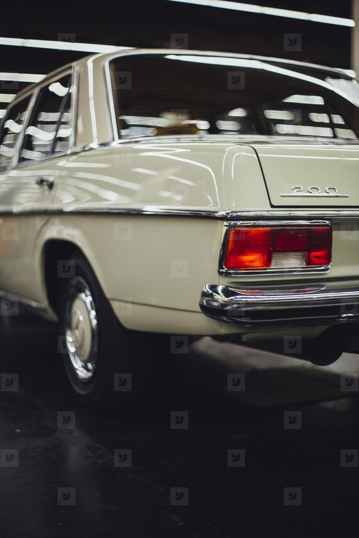 Mercedes Daimler Benz  W115 Strich 8Oldtimer