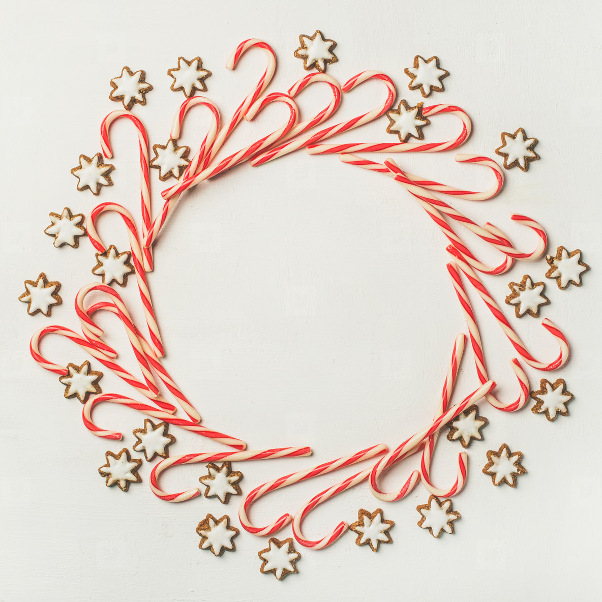 photos christmas wreath pattern made from candy cane sticks