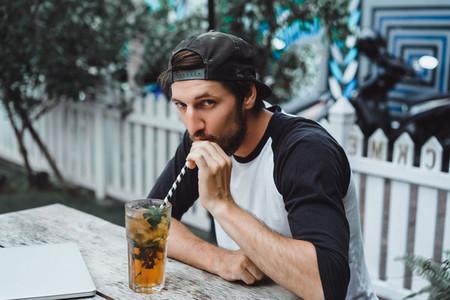 man uses smartphone
