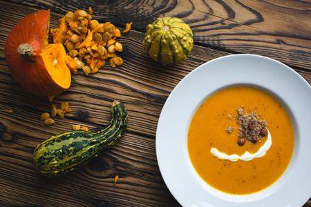 Creamy pumpkin soup 02