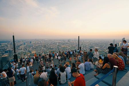 Bangkok Thailand   December 3 2018 Many tourists enjoy sunset