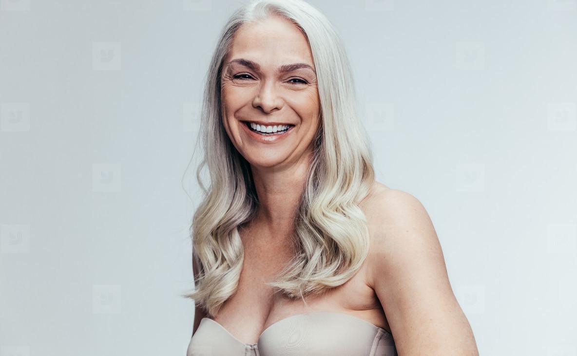 Mature woman lingerie