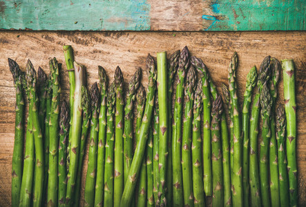 Raw uncooked green asparagus