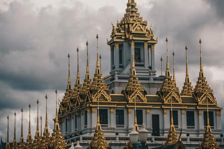 Loha Prasat Wat Ratchanatda