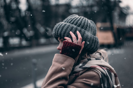 girl in gloves and a warm hat