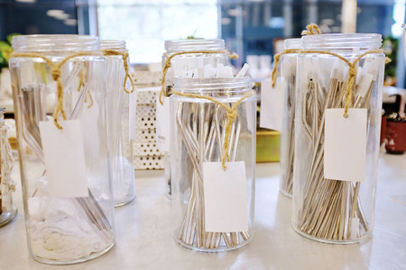 Reusable stainless straw for drink in glass of jar for selling