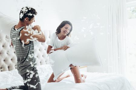 Bedroom pillowfight