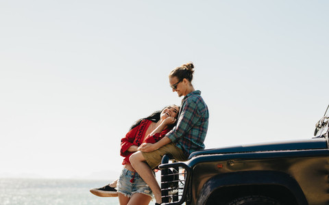 Couple on a roadtrip vacation