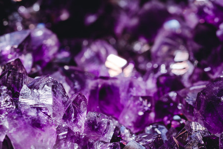 Macro photography of the amethyst crystal druse
