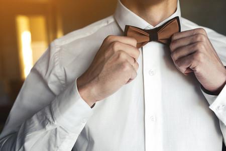 groom morning preparing