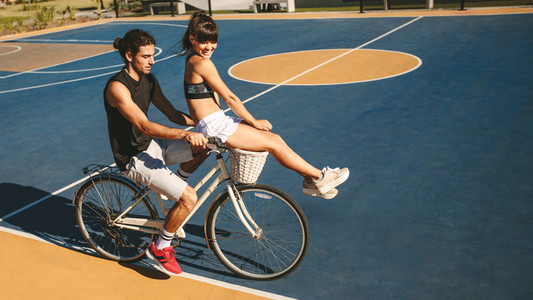 Couple enjoying bike ride