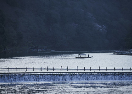 Boat on tranquil river 01