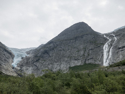Scenic view Jostedalsbreen Glacier and waterfall 01