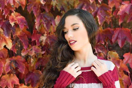 Beauty Fashion Model Girl with Autumnal Make up