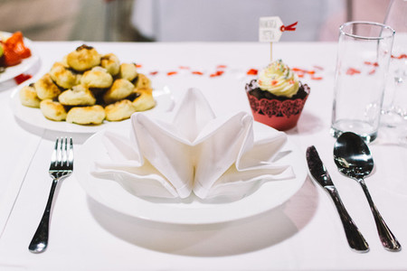 Table setting on a wedding