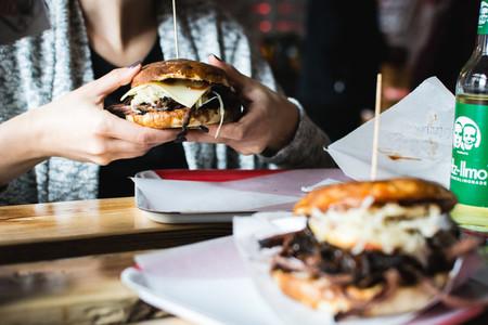 Tender pulled pork burger