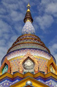Chedi Kaew Exterior  Wat Thaton