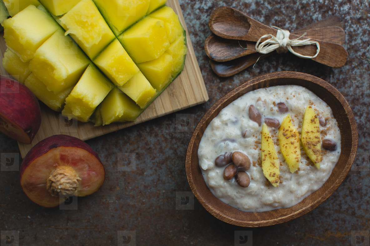 Sweet mango rice with beans