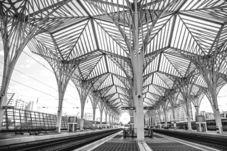 Lisbon Train Station 02