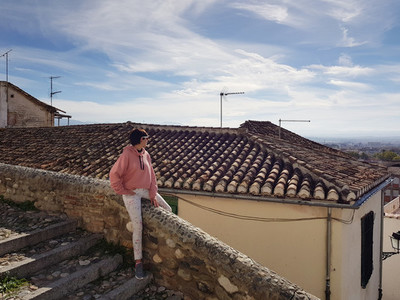 Mother and daughter enjoying the views of Granada from the Realejo neighborhood