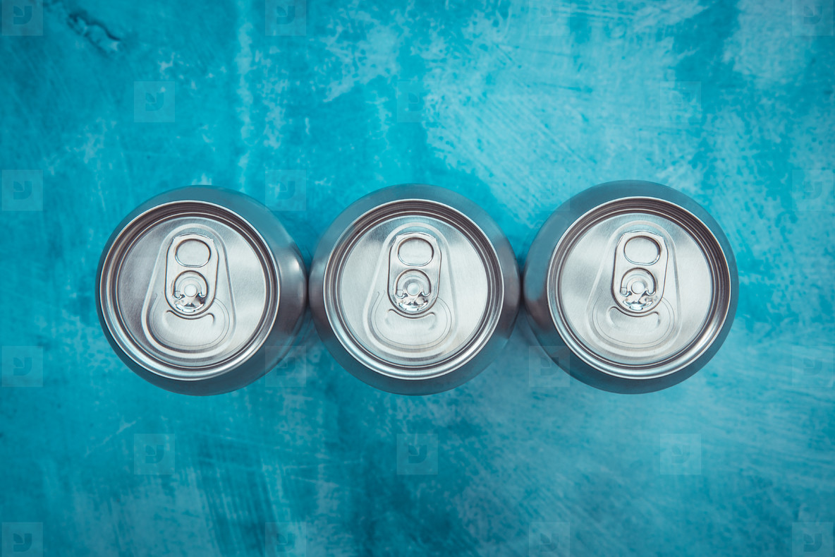 Silver metal energy drinks metal cans
