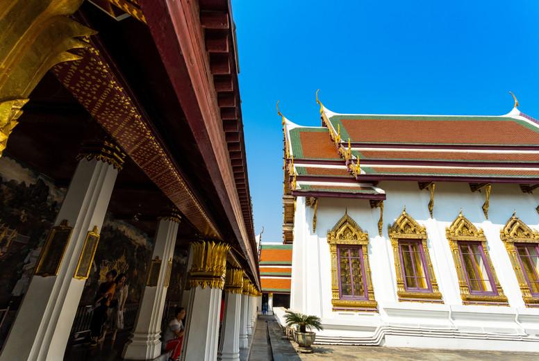 BANGKOK THAILAND Feb 5 Wat pra kaew  Grand palace on the blue s