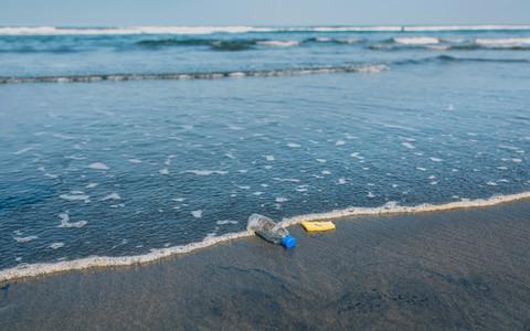 Garbage on the seashore
