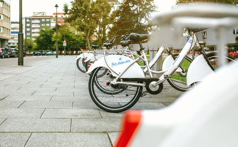 Rental bikes with customizable design