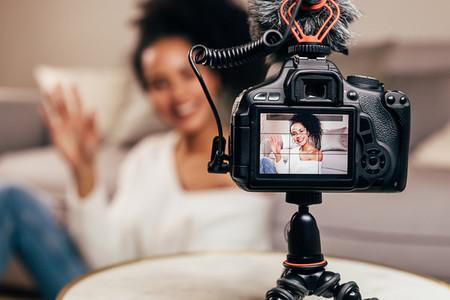 Vlogger recording content