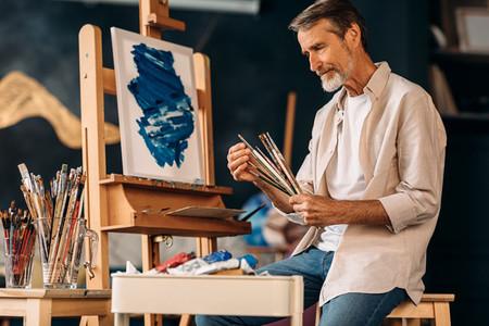 Mature painter