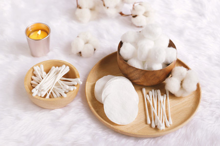 Organic cotton facial pads  cotton balls and cotton buds for rem