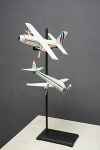 Model airplanes on display pedestal