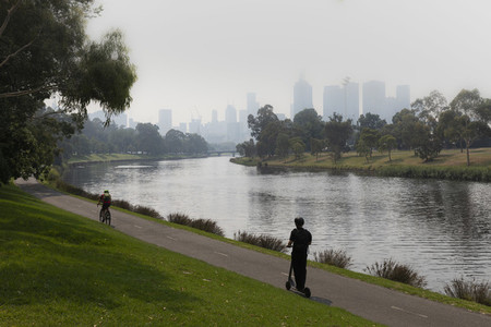 Bush fire smoke haze over Melbourne city and Yarra River