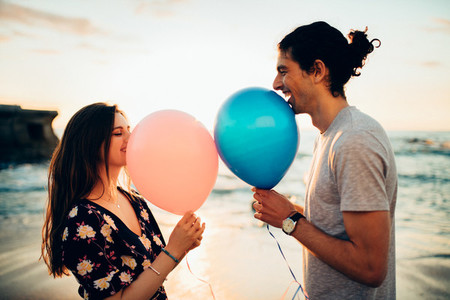 Couple on a date with balloons