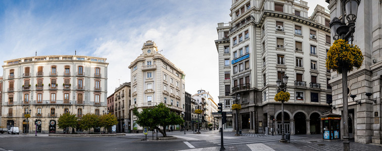 GRANADA  SPAIN  23RD APRIL  2020 Panoramic view of the Puerta Real square empty of people