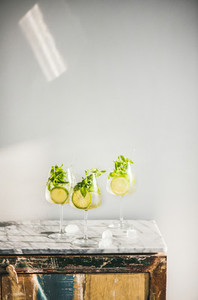Hugo Sparkling wine cocktail with fresh mint leaves and lime