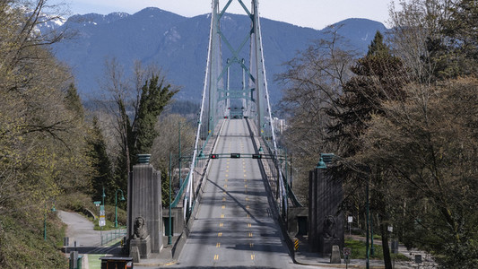 Vacant sunny bridge