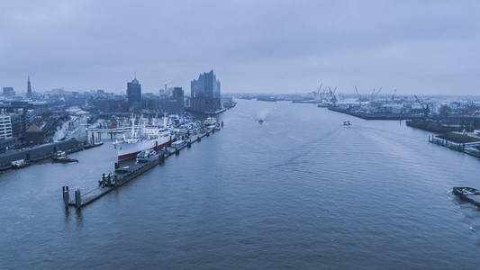 Scenic view Elbe River and Hamburg cityscape at dawn
