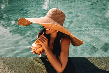 Refreshing holiday at the pool