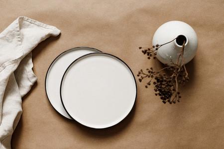 Modern minimalist ceramics plates