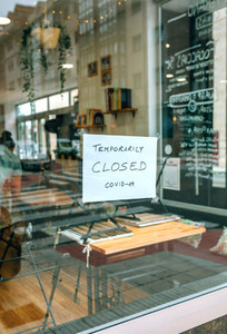 Coffee shop closed by covid 19