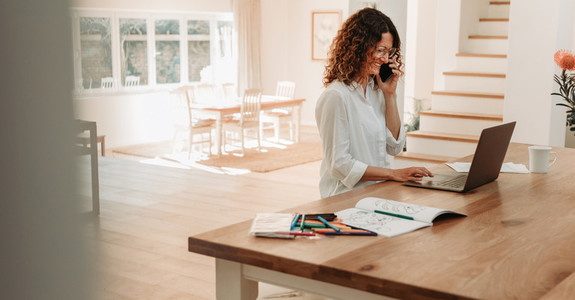Business woman staying at home working