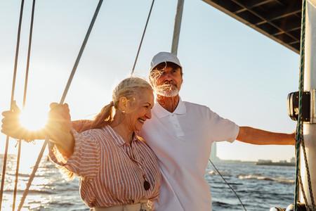 Elderly couple enjoying trip