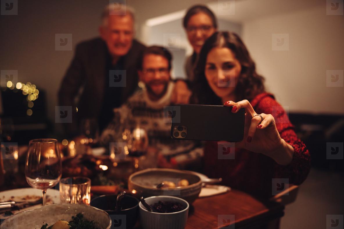 Making memories during Christmas dinner