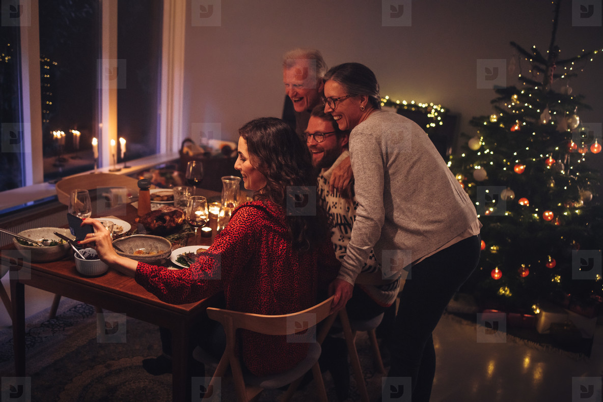 Online Christmas dinner with family