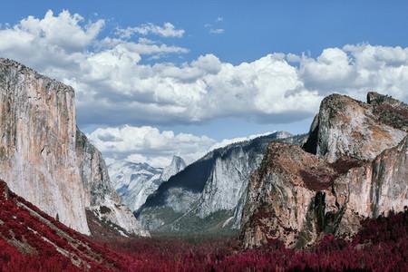 Scenic majestic El Capitan and Half Dome rock formation