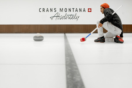 Curling Sport Crans Montana Switzerland