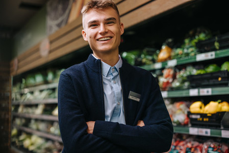 Grocery store assistant