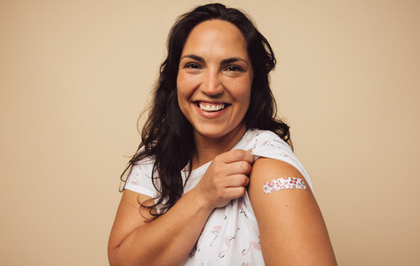 Woman feeling positive after getting vaccination