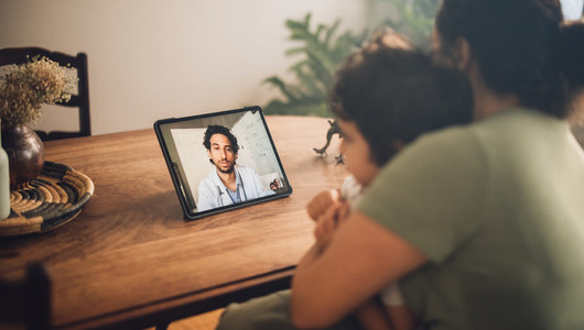 Online consultation with doctor via video call